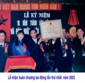 Lễ nhận huân chương lao động lần thứ nhất năm 2002